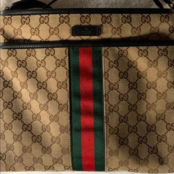 Gucci Handbags - Gucci Messenger Bag